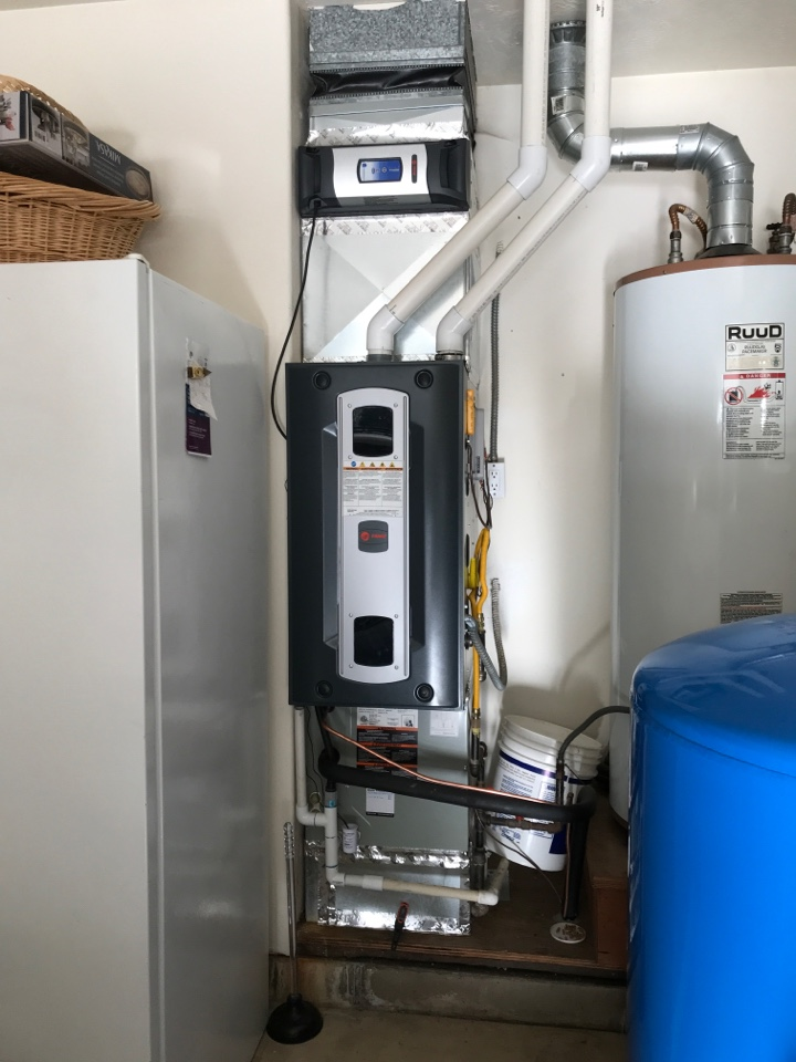 Albany, OR - Maintenance on a Trane gas furnace with air conditioning