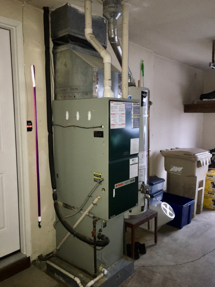 Albany, OR - Performing a maintenance service call. Tune up on a Trane gas furnace.