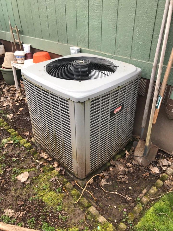 Corvallis, OR - Coleman heat pump maintenance