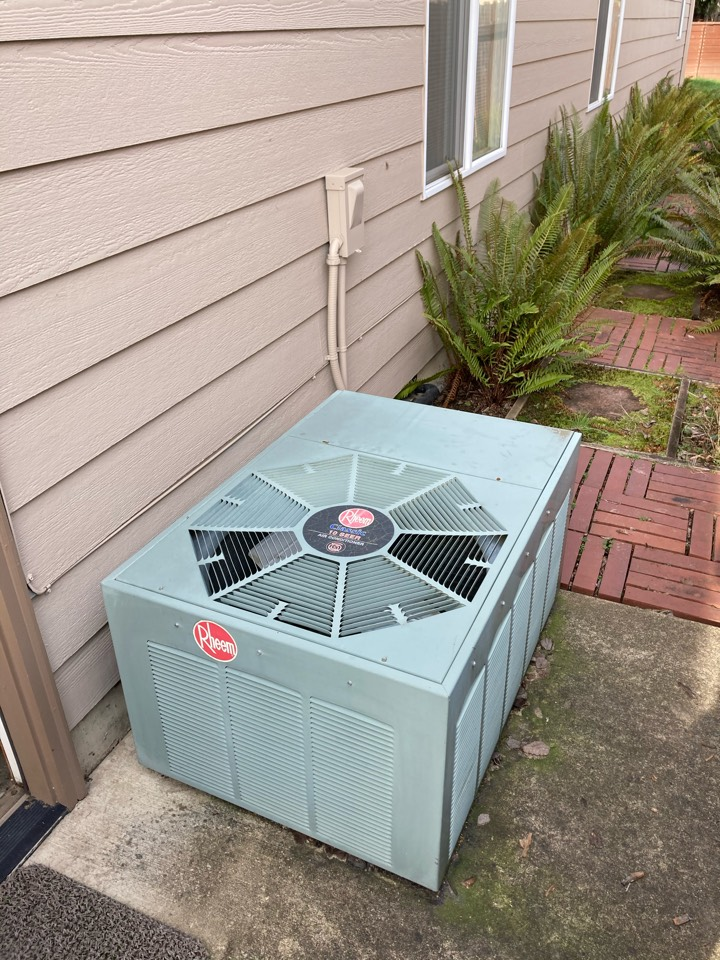 Corvallis, OR - Rheem air conditioner maintenance tuneup