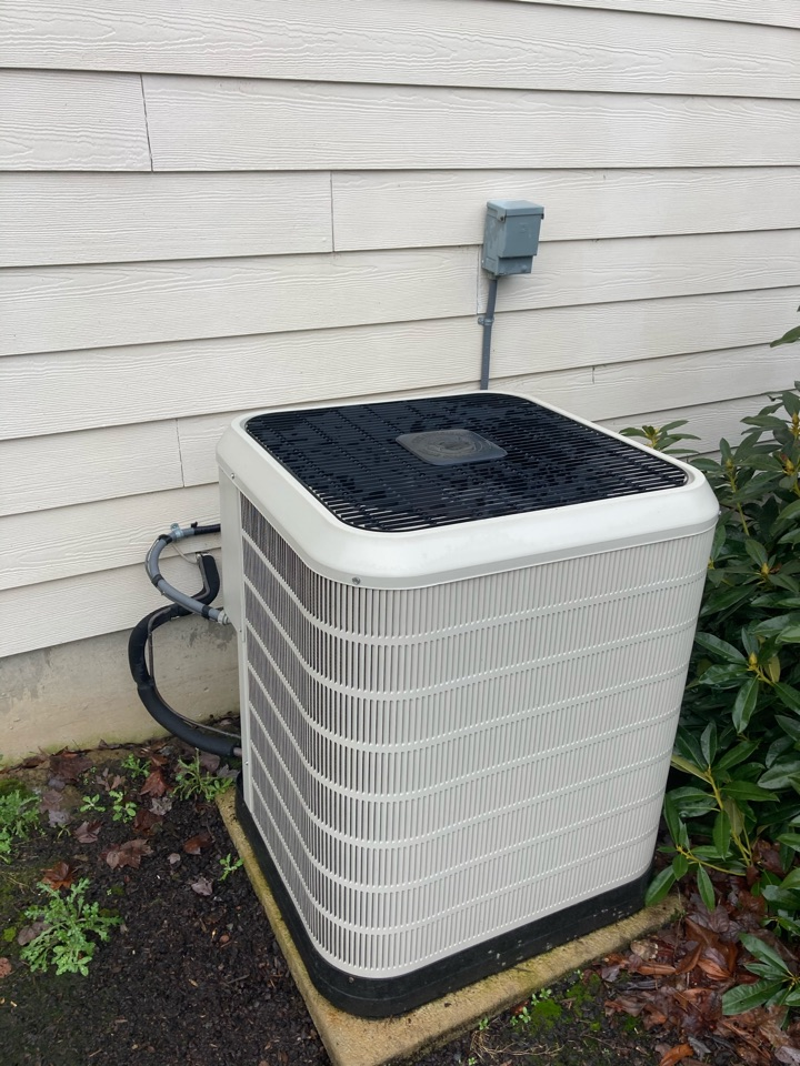 Monmouth, OR - Nordyne air conditioner maintenance tuneup