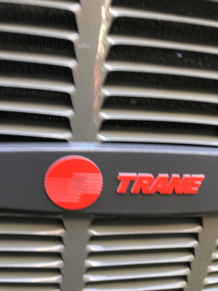Eugene, OR - Comfort for life maintenance on a Trane gas furnace & air conditioning system
