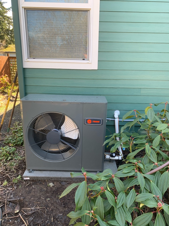 Corvallis, OR - New furnace and air conditioner install