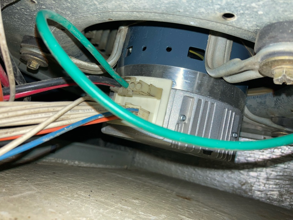 Halsey, OR - Blower motor and electronic control module replacement.