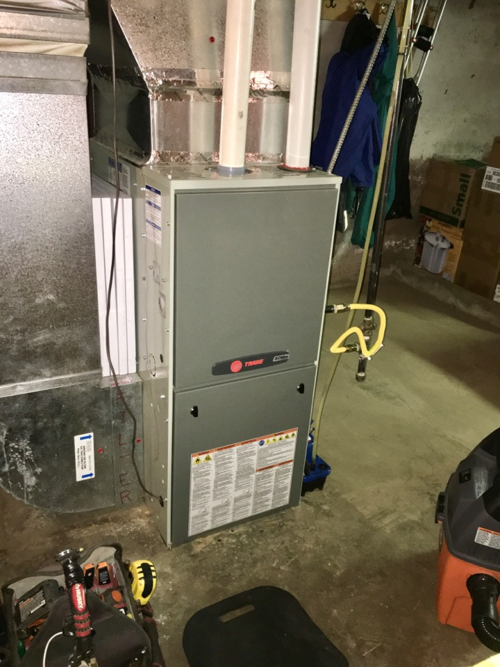Corvallis, OR - Performing a maintenance service call. Heating tune up on a Trane gas furnace.