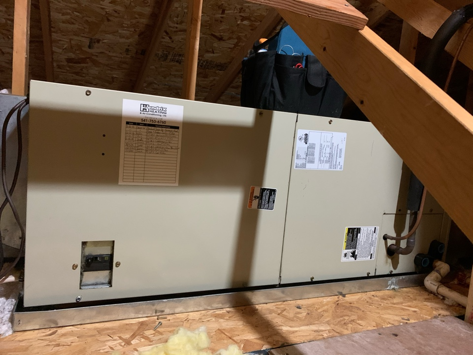 Carrier Heat Pump System Maintenance Tune-up