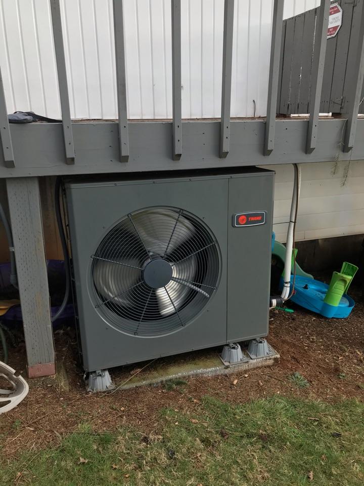 Salem, OR - HVAC inspection on a Trane variable speed heat pump system