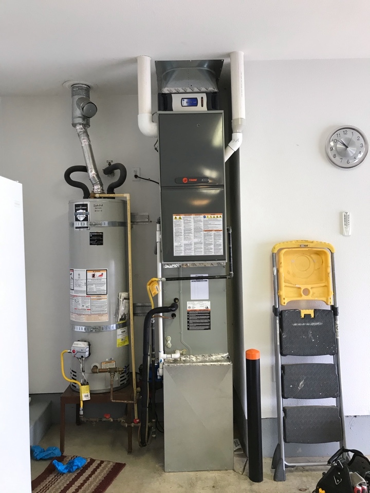 Lebanon, OR - maintenance on a Trane gas furnace & heat pump system