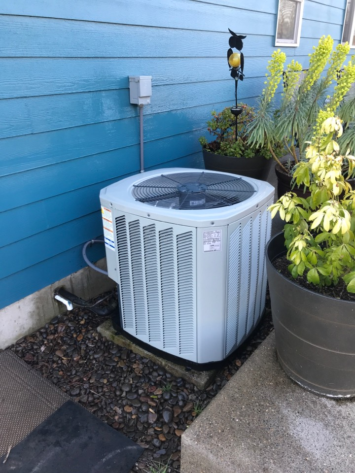 Adair Village, OR - Maintenance on a Trane air conditioning system