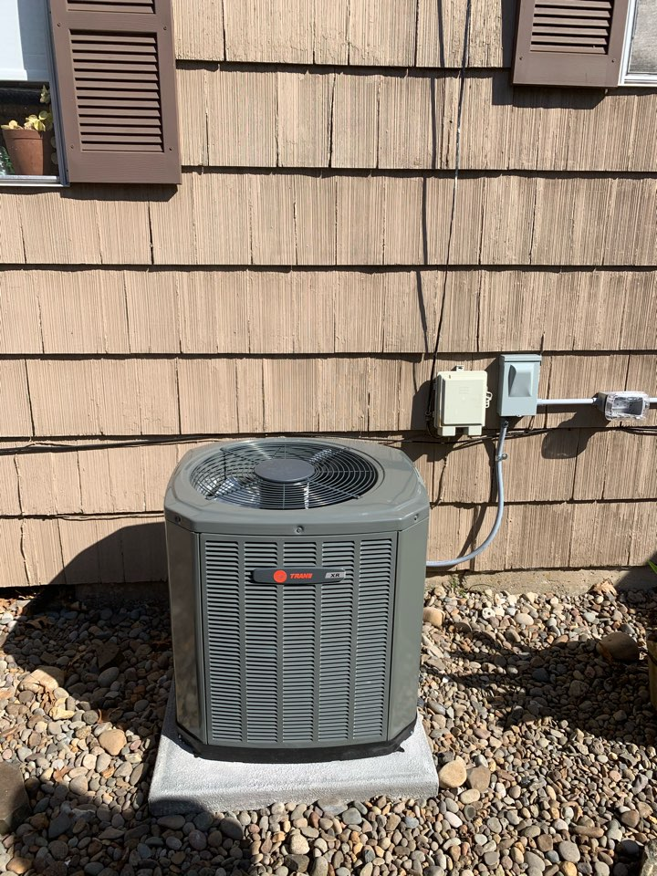 Albany, OR - New furnace and AC installed