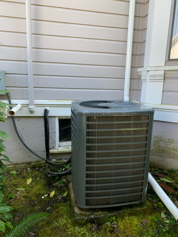 Albany, OR - Goodman air conditioner