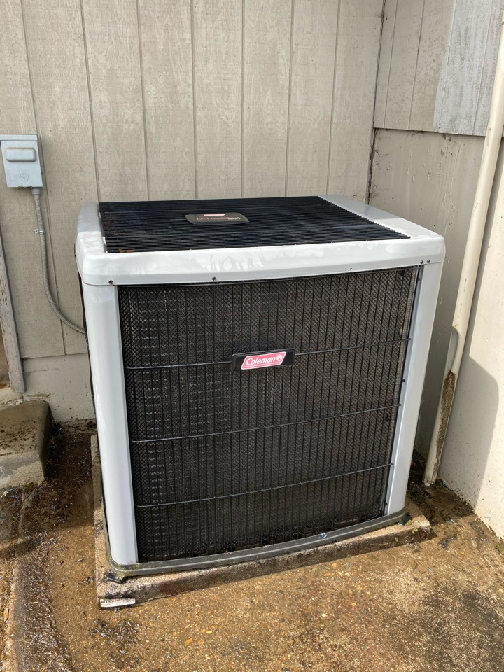Monmouth, OR - Coleman heat pump maintenance tuneup