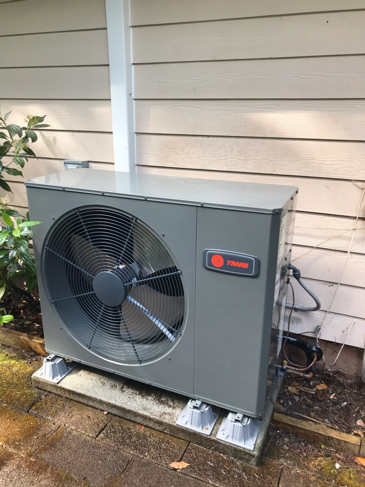 Sweet Home, OR - Trane variable speed heat pump system