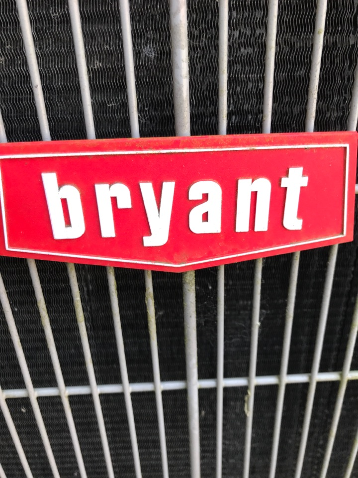 Albany, OR - Maintenance on a Bryant gas furnace & air conditioning system