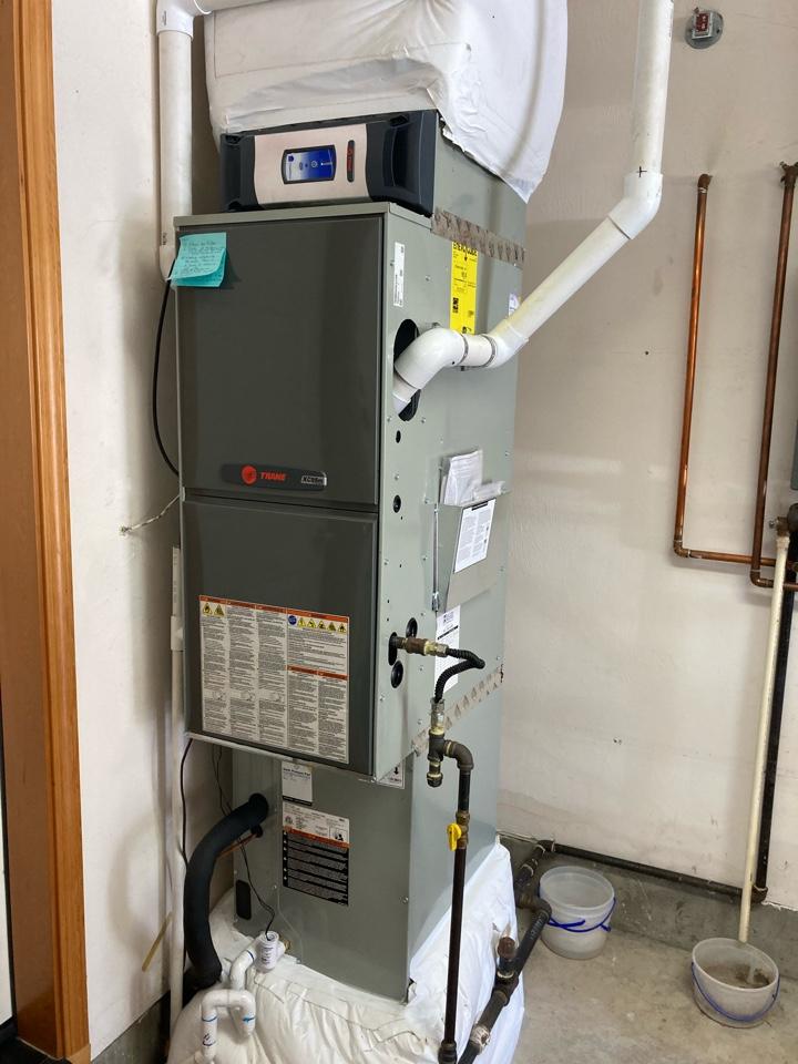 Springfield, OR - Trane furnace maintenance tuneup