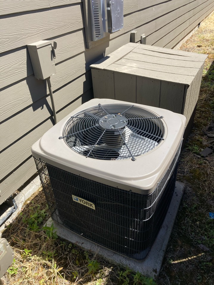 Tangent, OR - York air conditioner maintenance tuneup