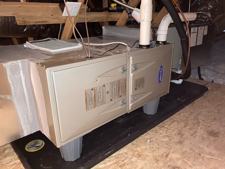 Independence, OR - Carrier furnace maintenance tuneup