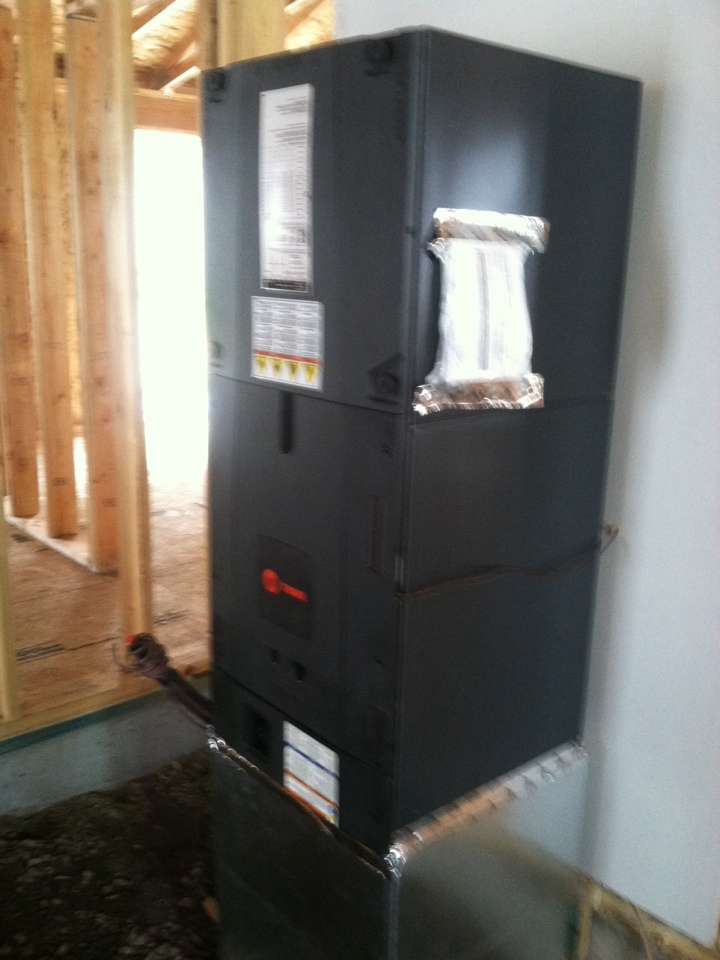 Veneta, OR - Install of electric furnace on top out