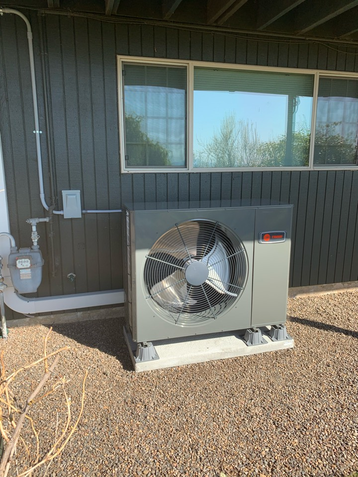 Lebanon, OR - New heat pump installed