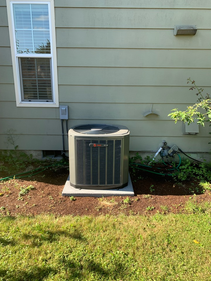 Springfield, OR - New Trane air conditioner installed