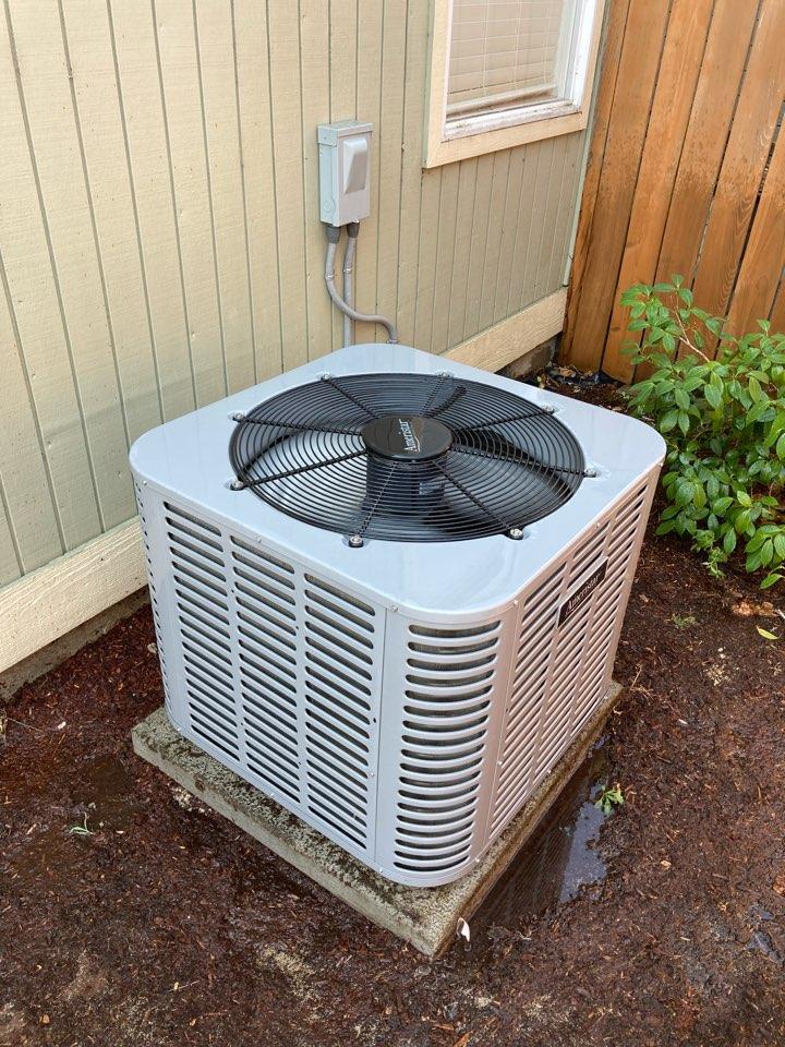 Springfield, OR - Ameristar air conditioner maintenance tuneup