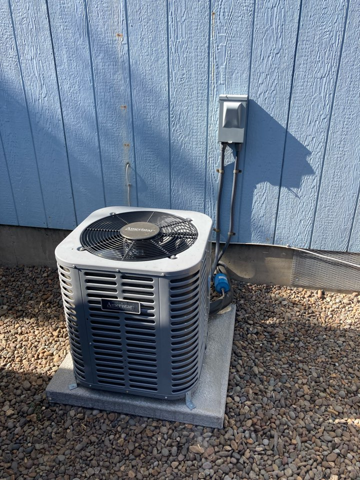 Independence, OR - Ameristar air conditioner maintenance tuneup