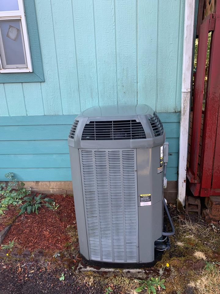 Philomath, OR - Heat Pump System Maintenance