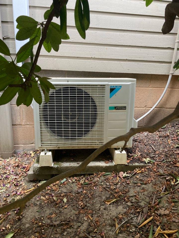 Monroe, OR - Daikin ductless heat pump maintenance tuneup