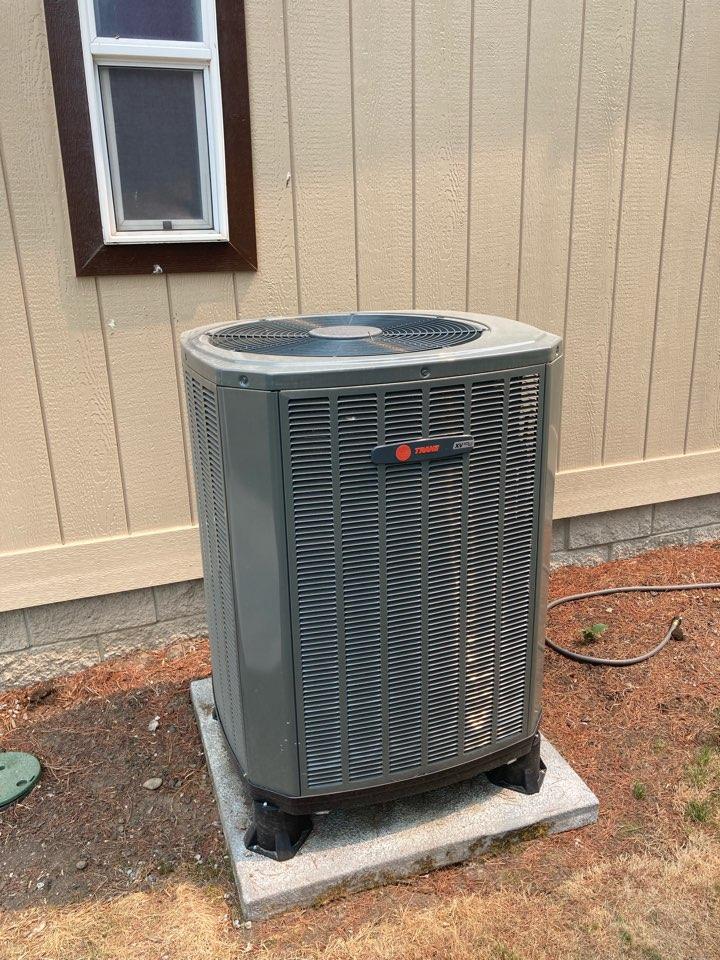 Salem, OR - Trane heat pump system maintenance tuneup