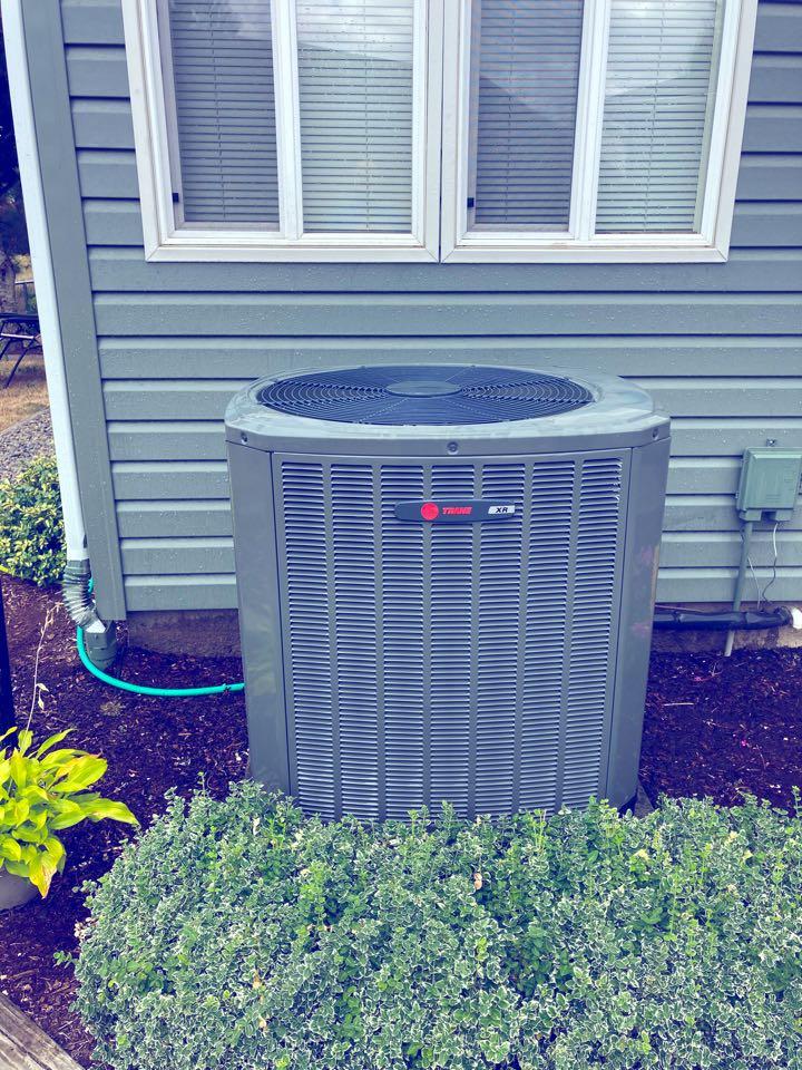 Salem, OR - Trane heat pump maintenance tuneup