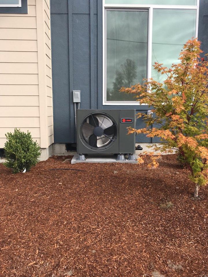 Corvallis, OR - Trane heat pump installation.
