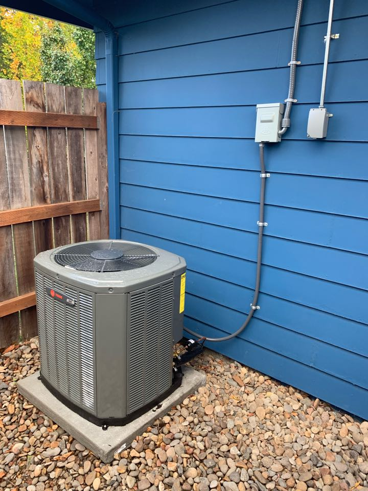 Albany, OR - New Trane air conditioner installed