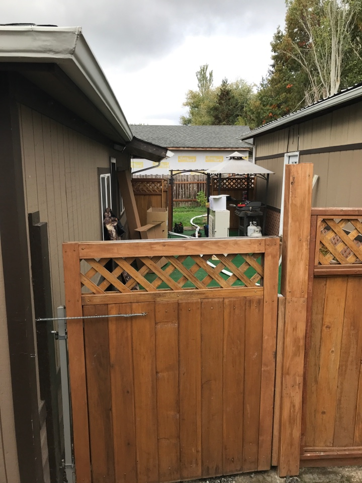 Albany, OR - Installing two zone Mitsubishi ductless