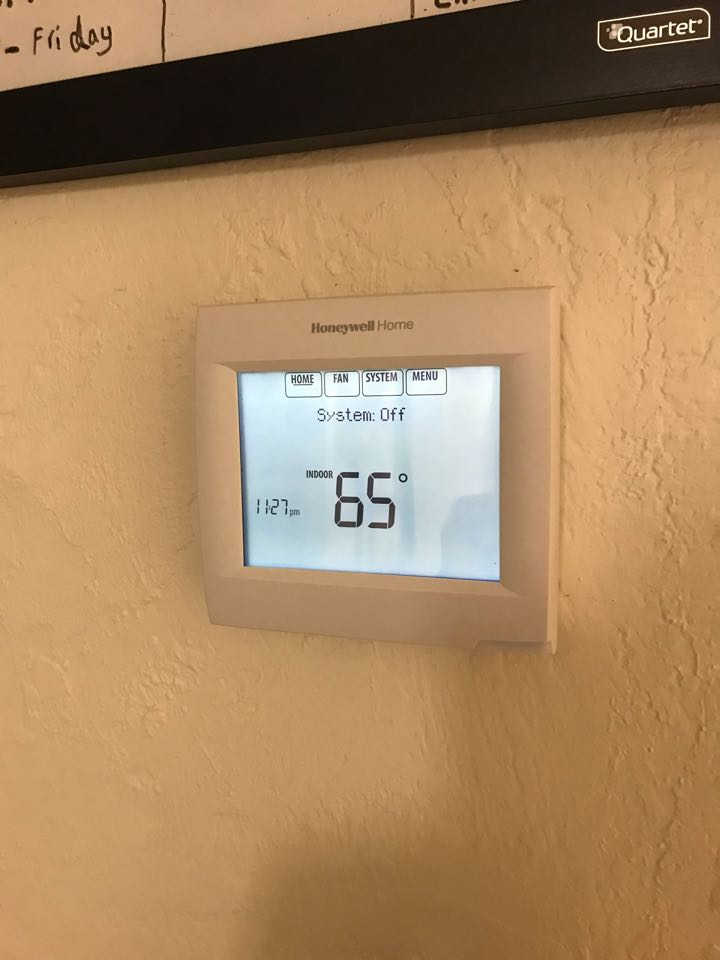 Corvallis, OR - Trane gas furnace and air conditioner installation with a new Honeywell Pro8000 programmable thermostat.