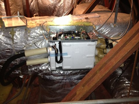 Cloverdale, OR - Repairing a Fujitsu Halcyon system in Pacific City Oregon. Branch Box Repair. Server room cooling.