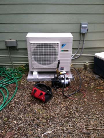 Blodgett, OR - Install of daikin 18 k