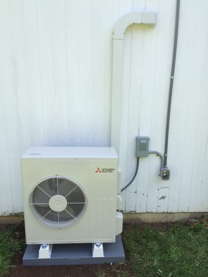 Adair Village, OR - Completed install of Mitsubishi ductless heat pump