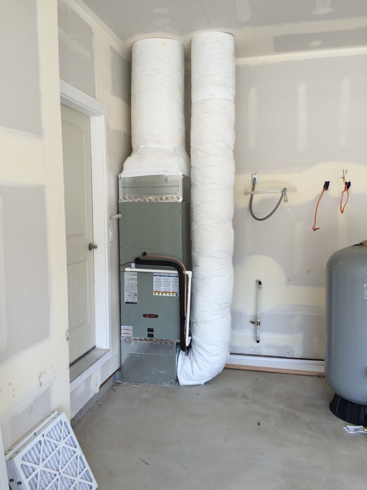 Harrisburg, OR - Install heat pump,grills and registers on new construction