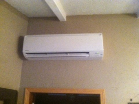 Blodgett, OR - Daikin ductless heat pump indoor unit installation.