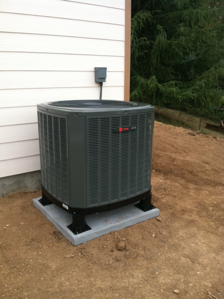 Oregon City, OR - Installed trane heat pump.