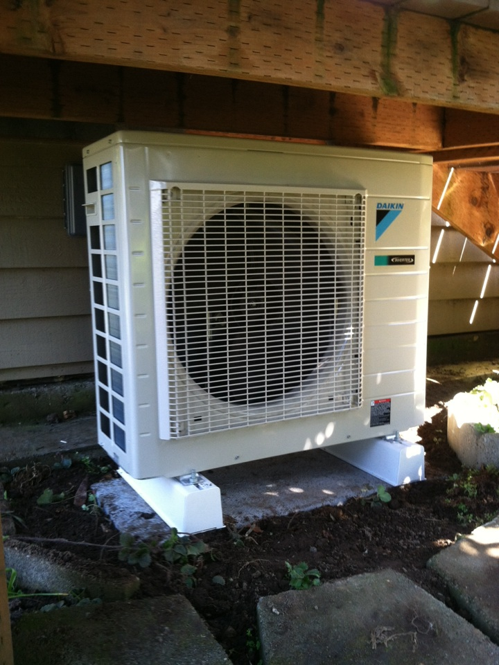 Seal Rock, OR - Install Daikin ductless heat pump