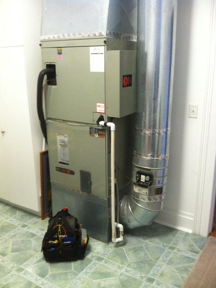 Blodgett, OR - Performing a maintenance service call. Heating tune up on a Trane Variable Speed Air Handler (Electric Furnace).
