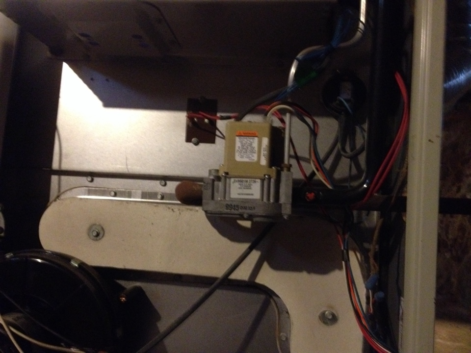 Bristol, CT - Replacing a pressure switch on a ken more furnace gnk125n
