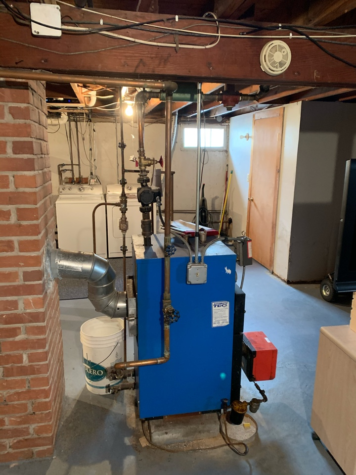 West Hartford, CT - Oil to gas conversion boiler