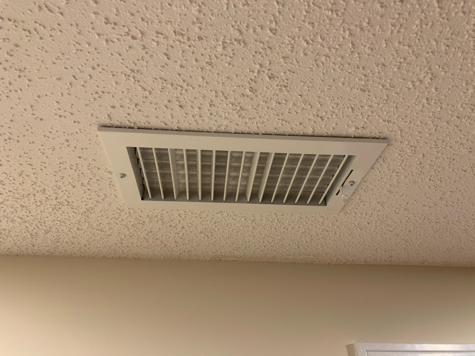 Newington, CT - Troubleshoot air temperature differences between floors