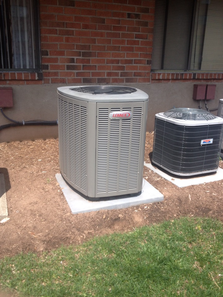 Meriden, CT - Price replacing Lennox C33-24A-2F-A.  A/C Condenser