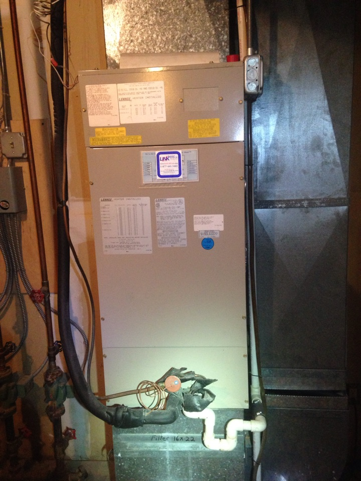 Cheshire, CT - Deep cleaning on a Lennox Lenox evaporator air handler r22