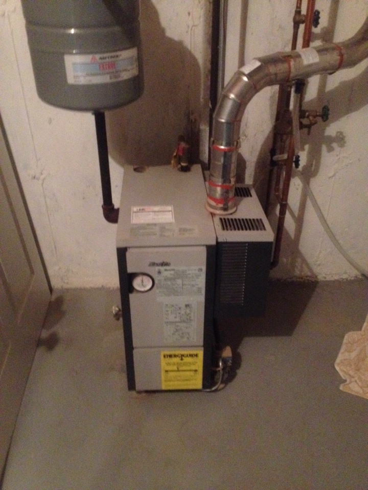 Rocky Hill, CT - Maintenance on Slant Fin boiler and Bradford White water heater
