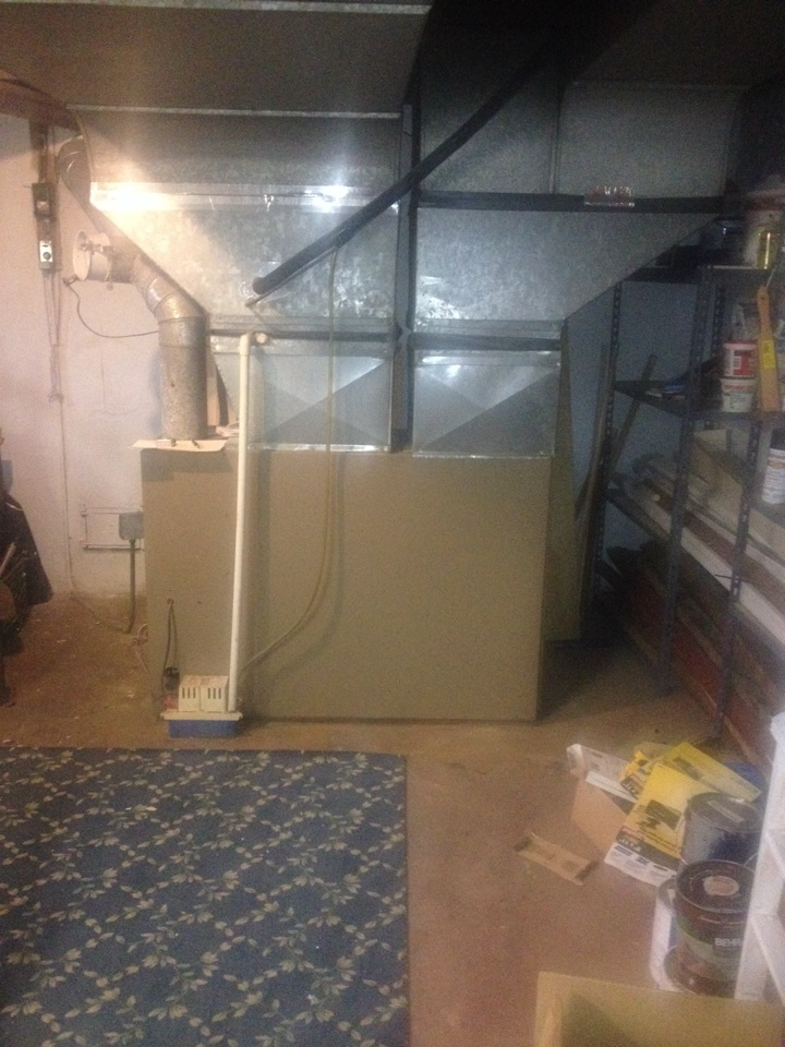 Avon, CT - Providing a free estimate on a Oil furnace replacement