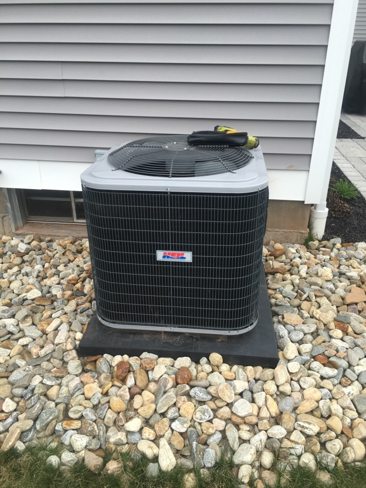 Southington, CT - Maintenance cleaning on Heil air conditioning unit